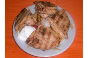 Σκεπαστή με Κοτόγυρο - Chicken Fresh -   Ηράκλειο Κρήτης